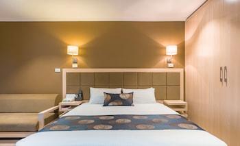 Picture of The Waverley International Hotel in Glen Waverley