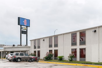 Picture of Motel 6 New Orleans - Near Downtown in New Orleans