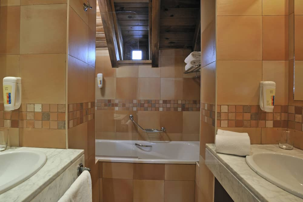 Apartment, 3 Schlafz., keine Erstattung - Badezimmer