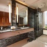 Sheraton Suite - Bathroom