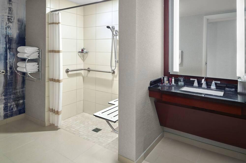 Executive Suite, 1 Bedroom, Non Smoking - Bathroom