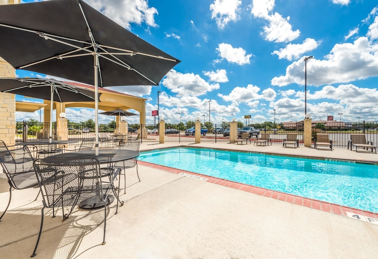 Ramada by Wyndham College Station, College Station, Pool