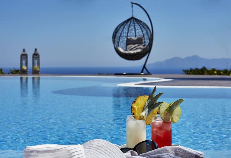 Golden East Hotel, Santorini, Exterior