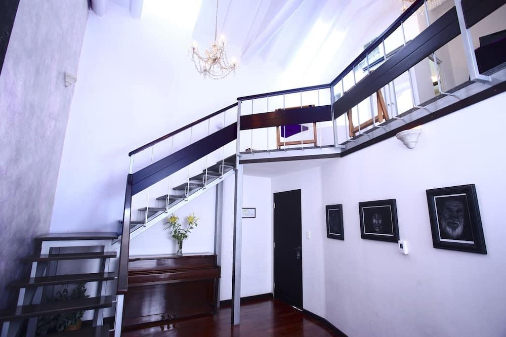Apartmán typu Premium, 1 extra veľké dvojlôžko, masážna vaňa - Obývacie priestory