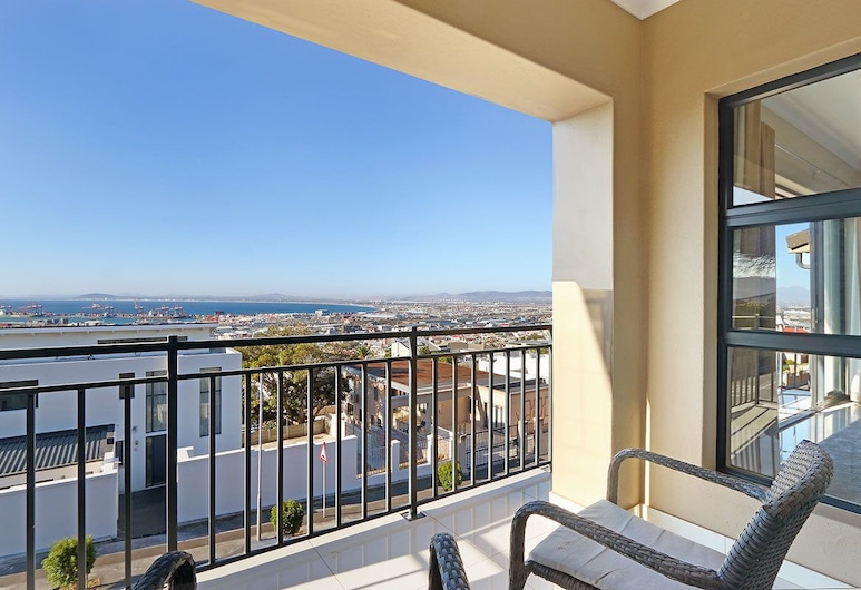Star Holiday Apartments, Cape Town, ERICA- 3 BEDROOM / 3 BATHROOM APARTMENT, Room