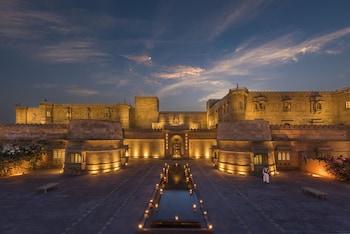 Jaisalmer bölgesindeki Suryagarh resmi