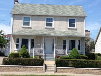 Picture of Dunn Street Inn Bed and Breakfast in Niagara Falls