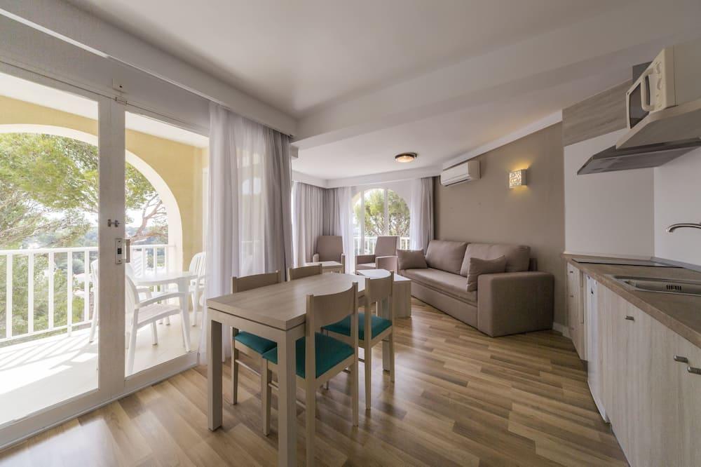 Apartemen, 2 kamar tidur, balkon (Suites 4 Adults + 2 Children) - Ruang Keluarga