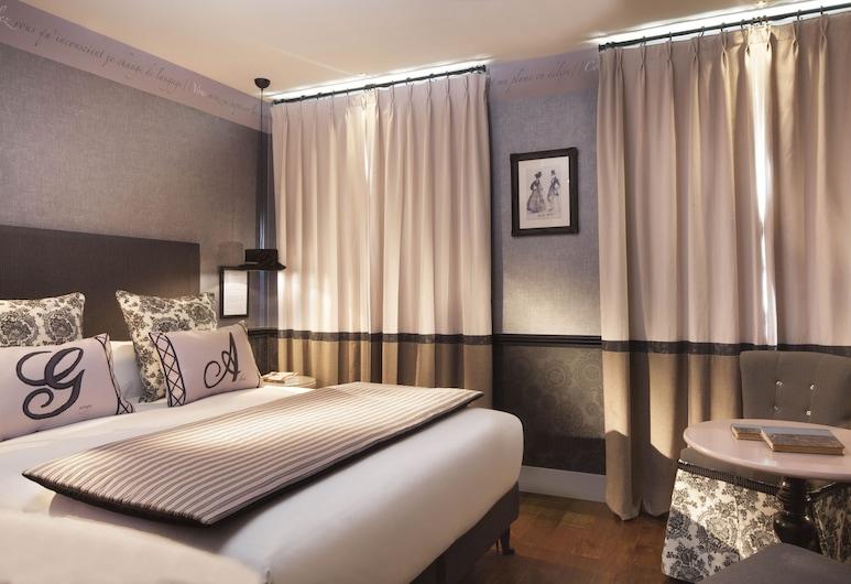 Les Plumes Hôtel Paris, Paris, Standard Double Room, Guest Room
