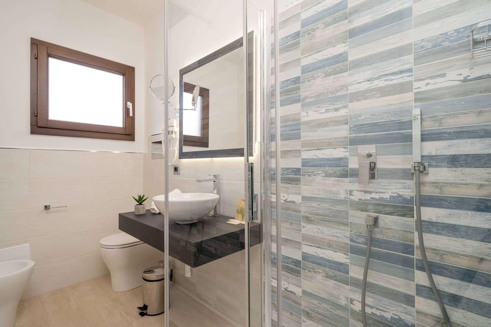 Comfort-Zimmer, 2Schlafzimmer, eingeschränkter Meerblick - Badezimmer