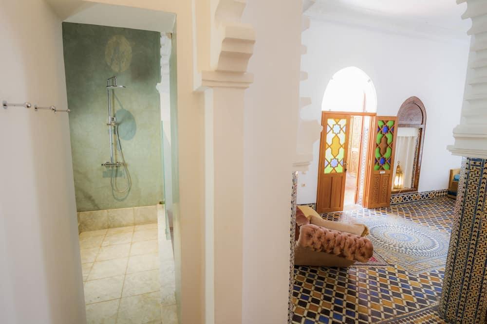 Suite (Grand) - Bathroom