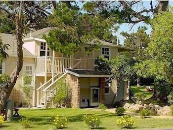Naktsmītnes Bide-A-Wee Inn attēls vietā Pacific Grove
