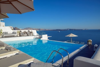 Picture of La Perla Villas in Santorini