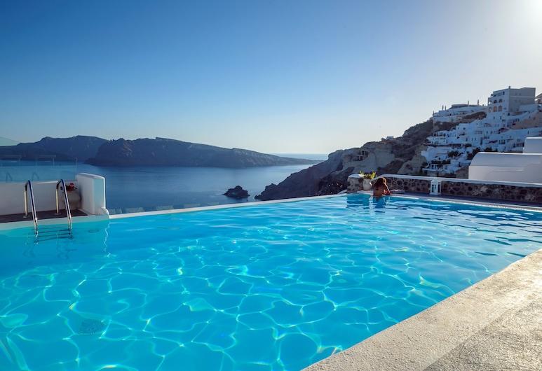 La Perla Villas and Suites, Santorini, Endeløst basseng