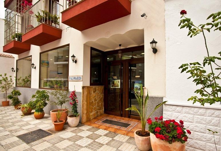 Hostal Palomares, Salobrena, Vchod do hotela