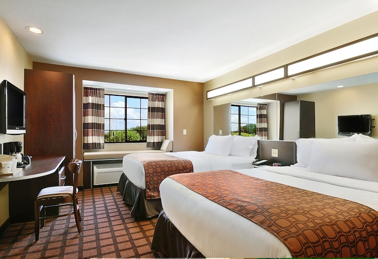 Microtel Inn & Suites by Wyndham Austin Airport, Austin, Standard Room, 2 Queen Beds, Guest Room