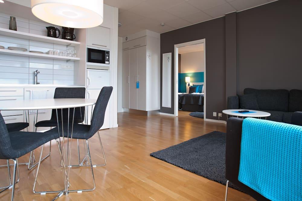 Two Room Apartment - אזור מגורים