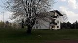 Hotel , Rakovica