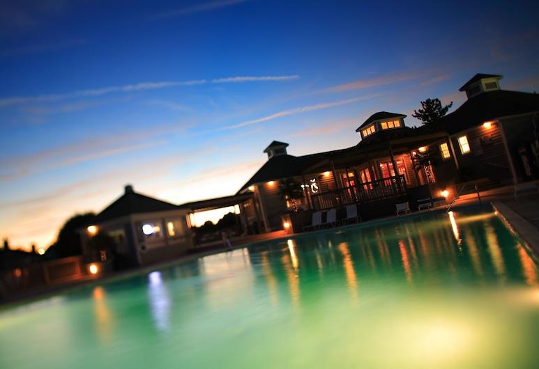 Pirate's Cove Resort Condos, Manteo, Outdoor Pool