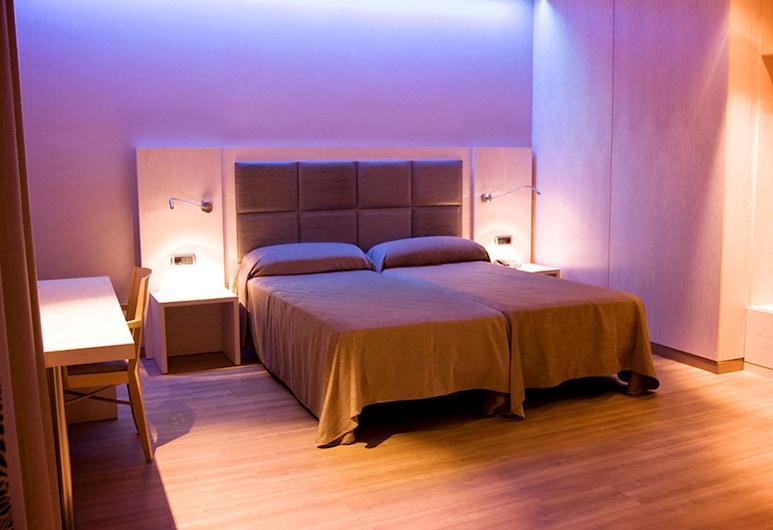 Hotel Barcelona House, Barcelona, Standard Double Room, Guest Room
