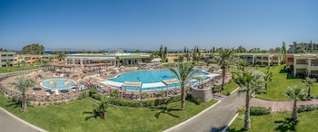 Фото Kipriotis Maris Suites - All Inclusive у місті Кос