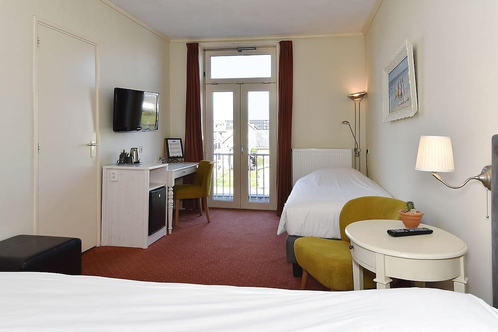 Luxury - kolmen hengen huone, Järvinäköala - Vesinäköala