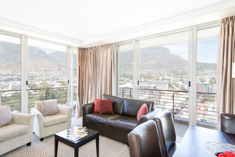 Deluxe Suite, 3 Bedrooms - Living Room