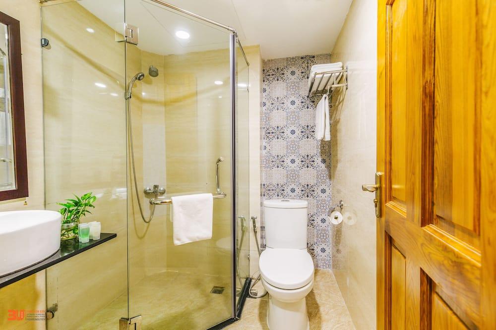 Deluxe Room, 1 Katil Kelamin (Double) atau 2 Katil Bujang (Single) - Bilik mandi