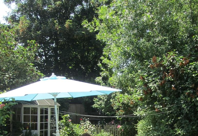 Grange Guest House, Bishop's Stortford, Terraza o patio