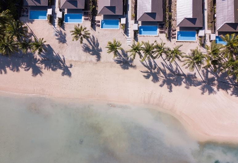 First Landing Beach Resort and Villas, Lautoka
