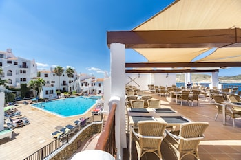 Picture of Aparthotel Tramontana Park in Mercadal
