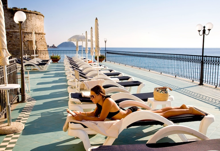 Hotel Savoia, Alassio, Geladak matahari