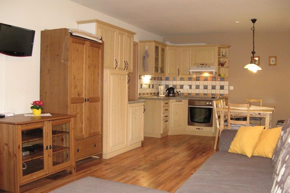 Apartment for 5 people - Oleskelualue