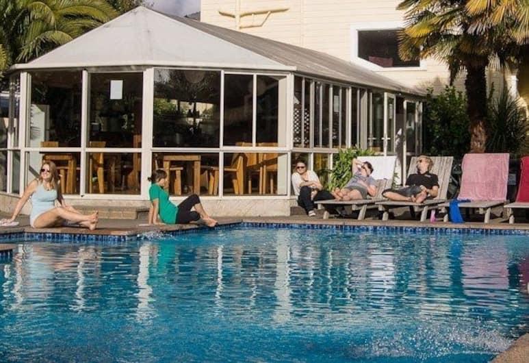 Apartments Paradiso, Nelson, Piscine en plein air