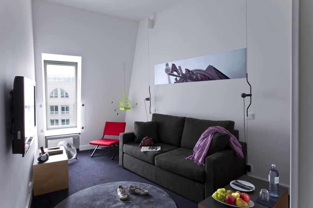 普通套房 - 客廳