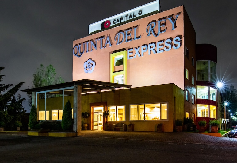 Capital O Quinta del Rey Express, Toluca, Hotel Front – Evening/Night