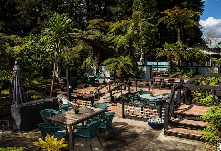 Woodlands Motel & Conference Venue, Kerikeri, Courtyard