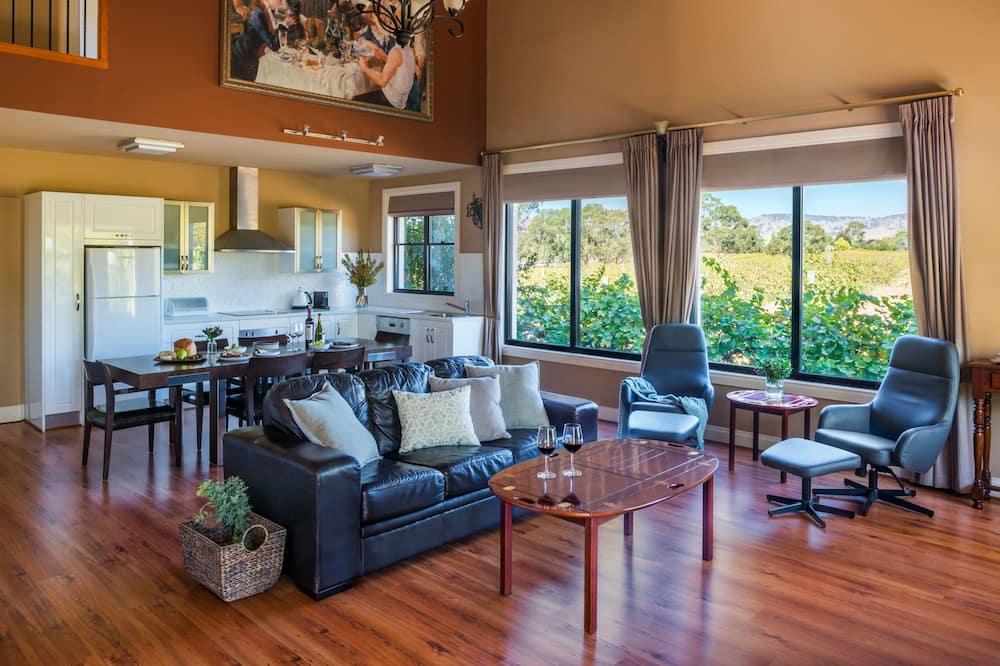 Standard Suite, Multiple Bedrooms (LOFT 2nights) - Living Area