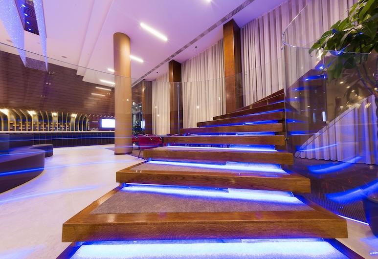 هوتل ترانسيلفانيا, Alba Iulia, بار الفندق