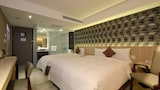 Choose This 2 Star Hotel In Taipei
