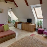 Double Room, Private Bathroom - Living Area