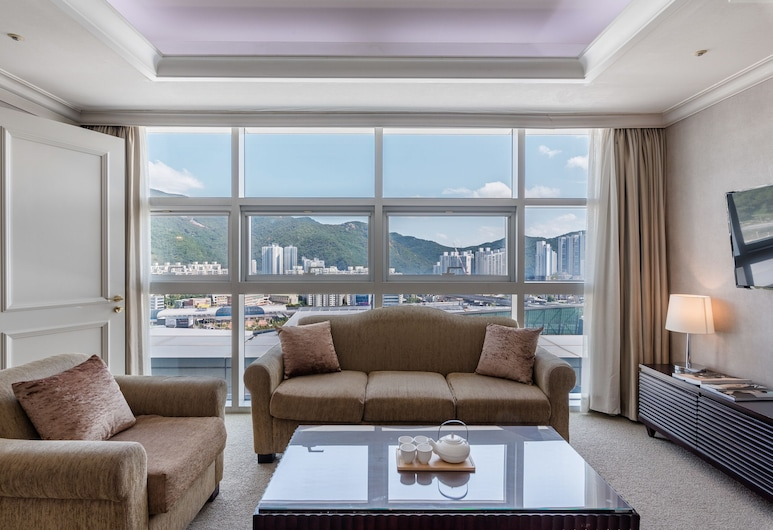 Haeundae Centum Hotel, Busan, Suite, Guest Room View