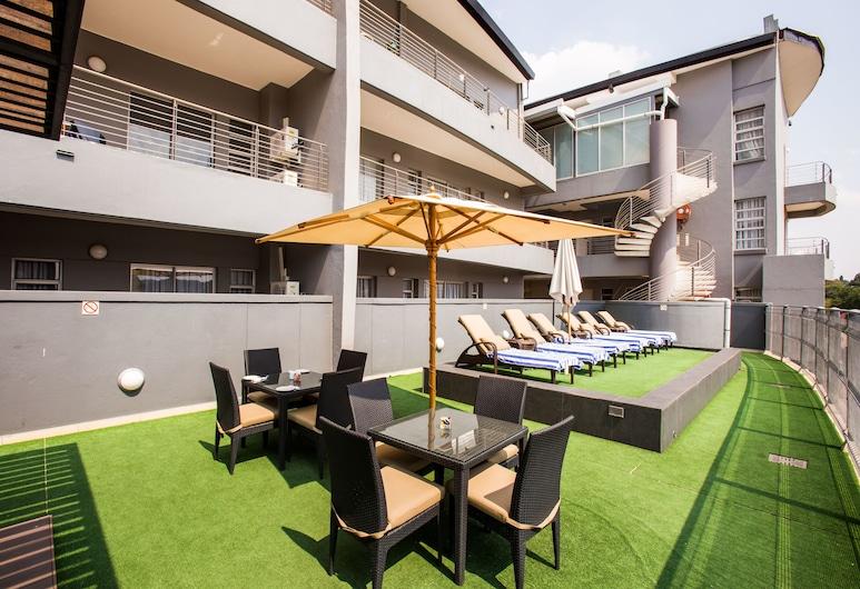Genesis All-Suite Hotel, Johannesburg, Classic Apartment, 1 Bedroom, Terrace/Patio