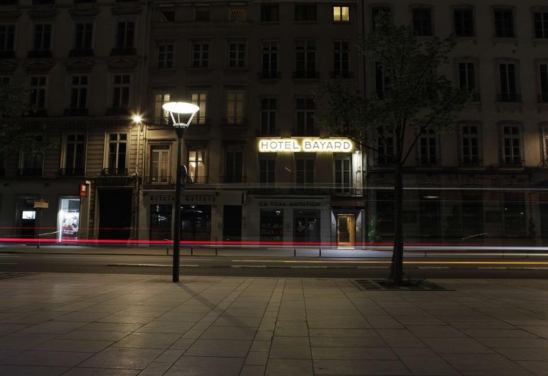 Hôtel Bayard Bellecour, Lyon, Façade de l'hôtel - Soir/Nuit