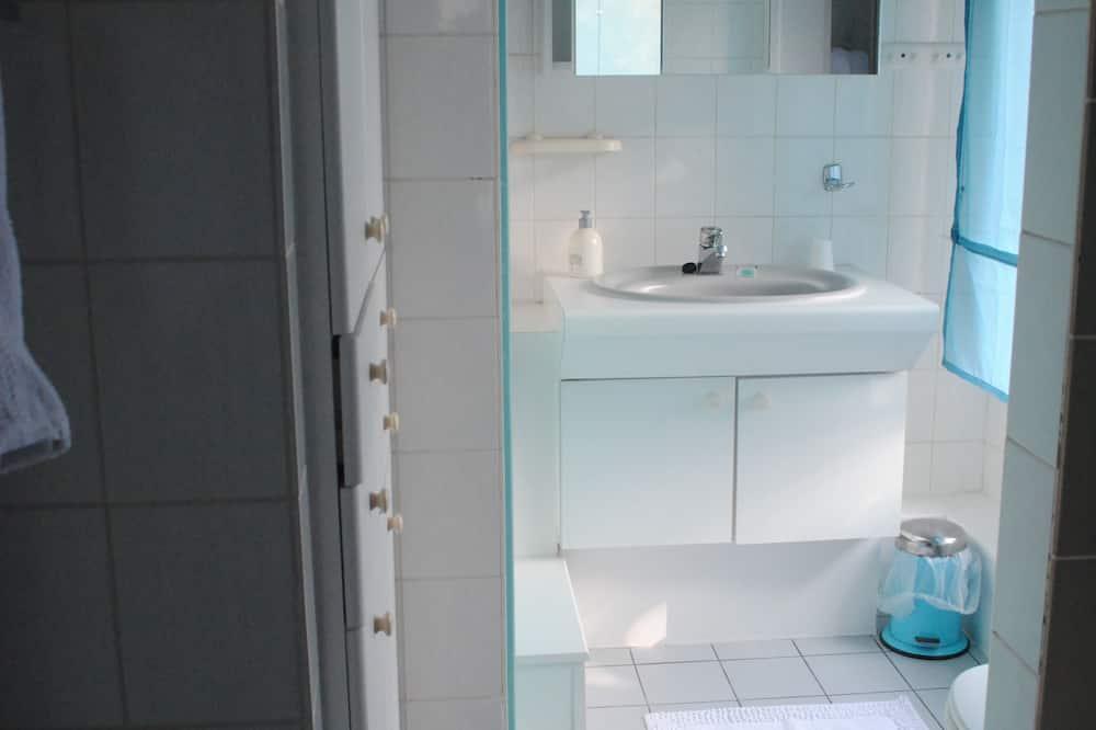 Habitación triple (Blue Rain) - Baño