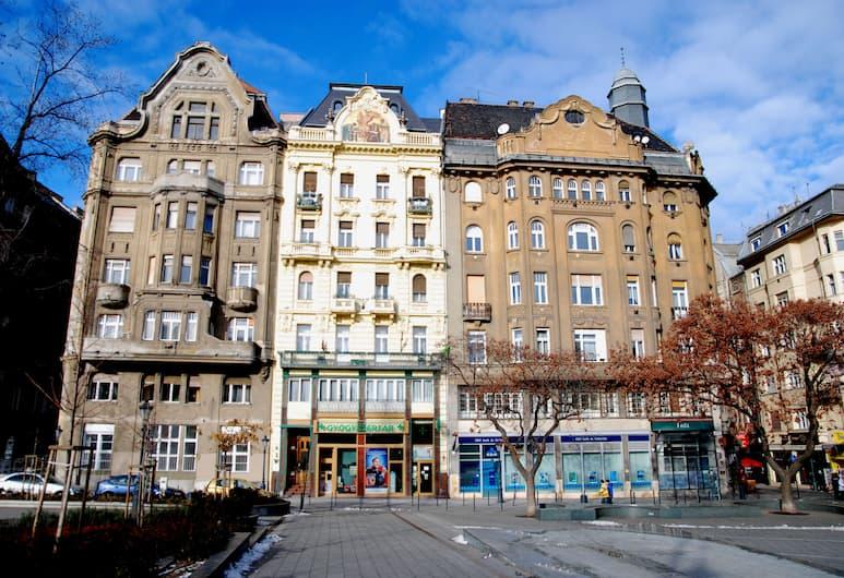 Central Square Apartments, Budapeštas, Išorė