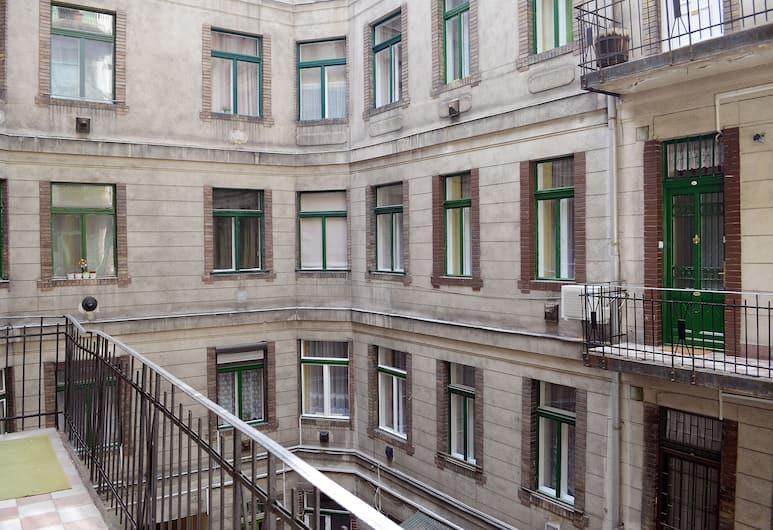 Luxury Style Apartments, Budapešť, Apartment for 2 people, Výhľad z izby