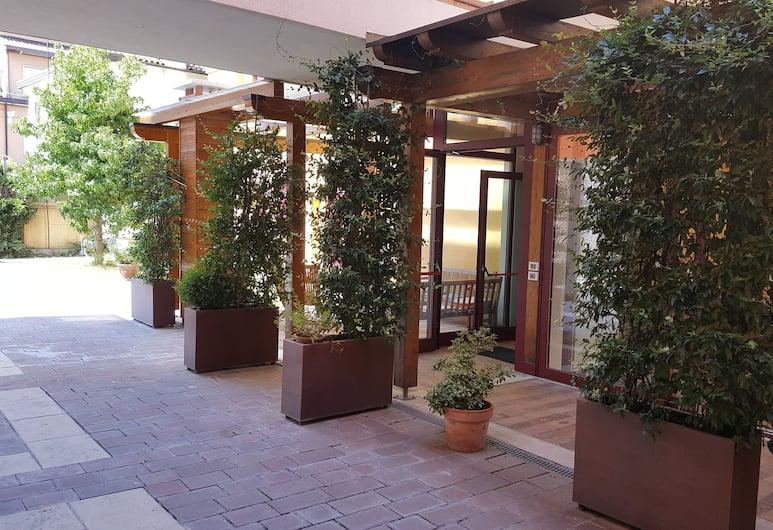 Hotel Villa Costanza, Mestre, Hotellin julkisivu