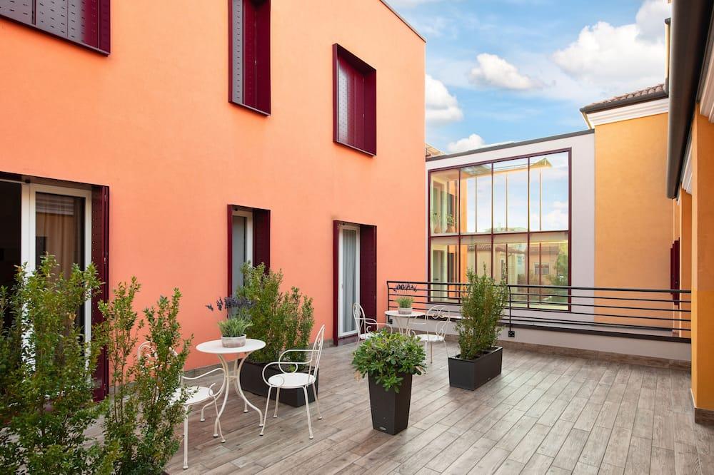 Superior-Doppel- oder -Zweibettzimmer, Blick auf den Innenhof - Blick auf den Innenhof