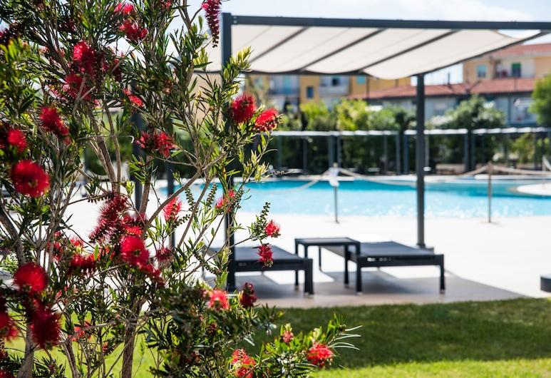 DoubleTree by Hilton Hotel Olbia - Sardinia, Olbia, Außenpool
